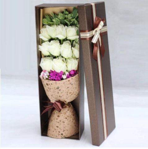 11朵白玫瑰礼盒