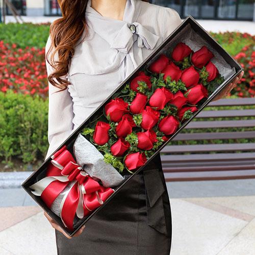 19朵红玫瑰礼盒